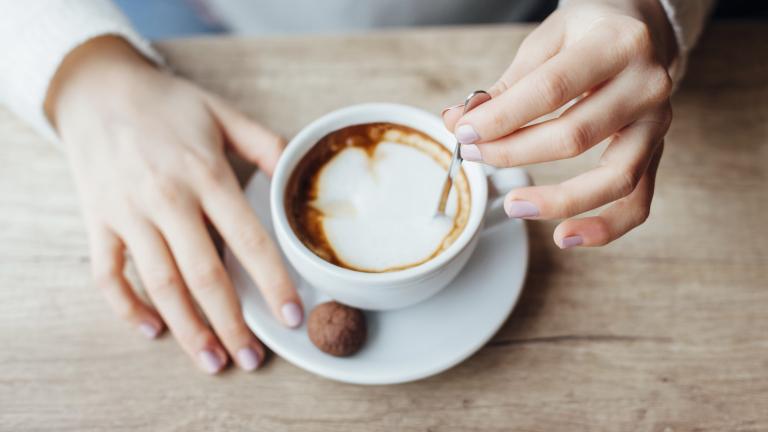 Защо е важно да пием кафето си преди дрямка, а не след нея?