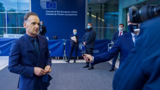 Маас приканва ЕС да не се бави и да наложи санкции на Лукашенко