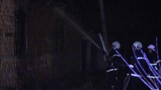 Пожар изпепели покрива на плевня в с. Розово