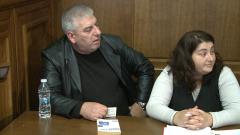 Свидетели изнервени от поредно отлагане на заседание по делото срещу катаджията Тръпков