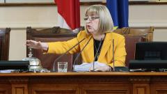 Може да отпаднат част от въпросите от референдума на Слави Трифонов