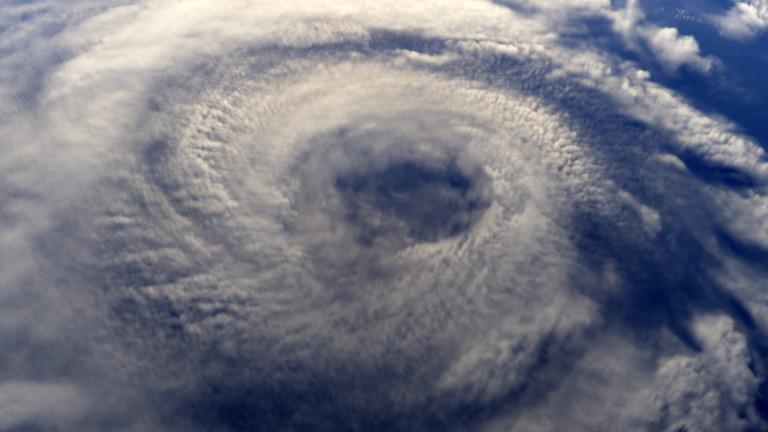 Средиземноморският циклон, който обхваща Гърция, има предпоставки да се превърне