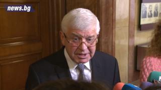 Кирил Ананиев иска оставката на шефа на НЗОК