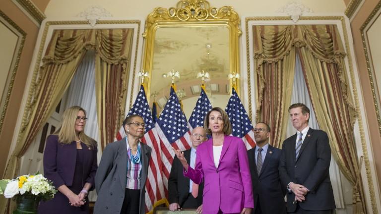 Снимка: Демократите зоват Тръмп да отложи речта за Състоянието на съюза заради шътдауна