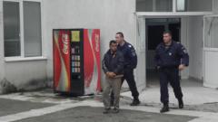Арестуваха баща, пребил 5-месечното си бебе