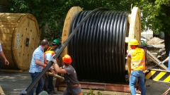 С кабел 110kV, неизкушаващ крадците, снабдяват столични квартали с ток