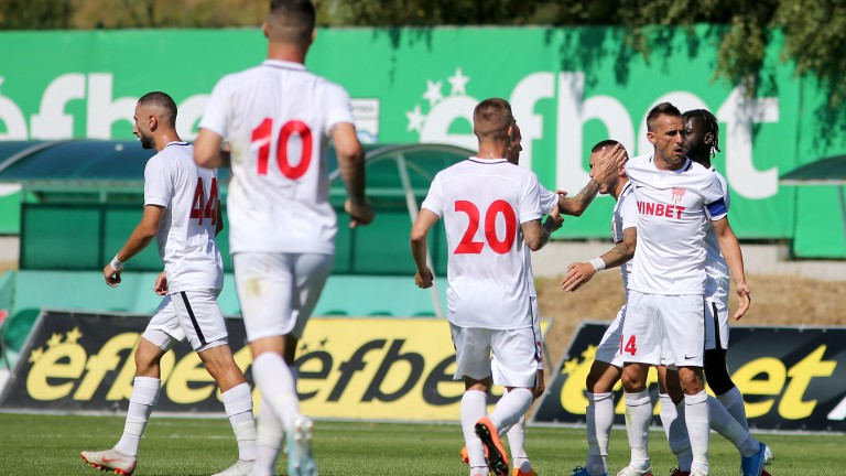 Царско село - Локомотив (Пловдив) 2:3, Алмейда с дебютно попадение