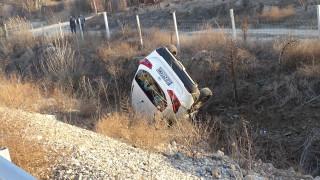 """Кола с гърци граждани се е обърна на магистрала """"Струма"""""""