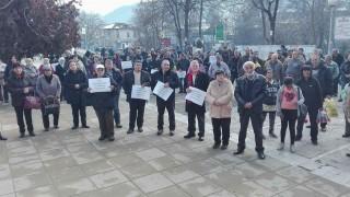 Жителите на Девин на протест срещу новата цена на водата, няма да плащат сметки