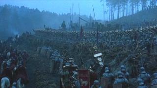 Шведски национали стават римски легионери (видео)