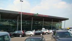 Тестват всички пристигащи от Острова на летище Пловдив