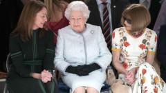 Кралица Елизабет притесни Ана Уинтър