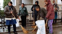 Работници по чистотата в Дупница си искат заплатите