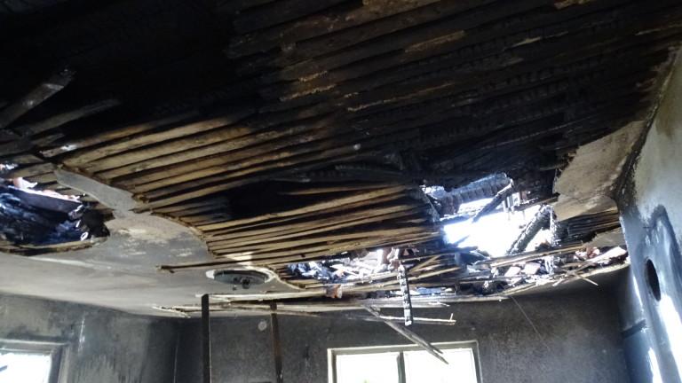 Русенец загина при пожар в дома си. Огънят пламнал на