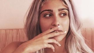 Дъщерята на Мадона се показа много натурално