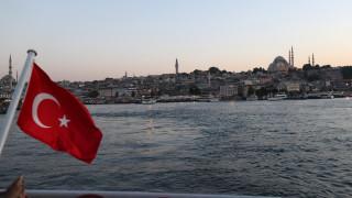 В Турция издадоха заповед за арест на 176 висши военни