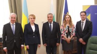 Украйна гарантира изучаването на български език