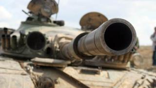 Пиян британски войник бяга от казармата с 2 танка