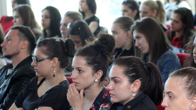 Да се помисли за преподавателите по нулевите специалности, иска ректорът на МГУ