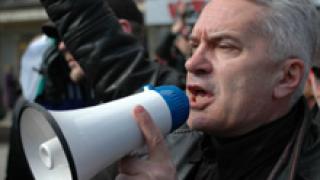 Правозащитници заклеймиха книги на Сидеров