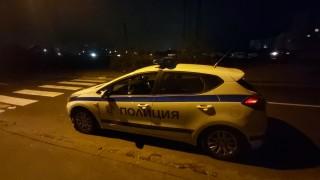 Шест патрулки гониха автомобил в София