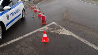 Тежка катастрофа между ТИР и кола взе жертва
