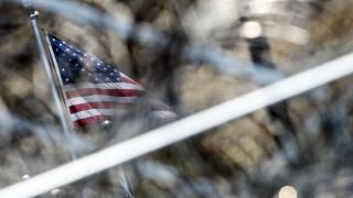 САЩ събират ДНК от мигрантите