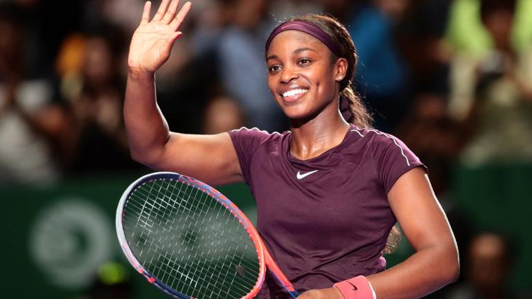Слоун Стивънс стартира с победа на финалите на WTA в