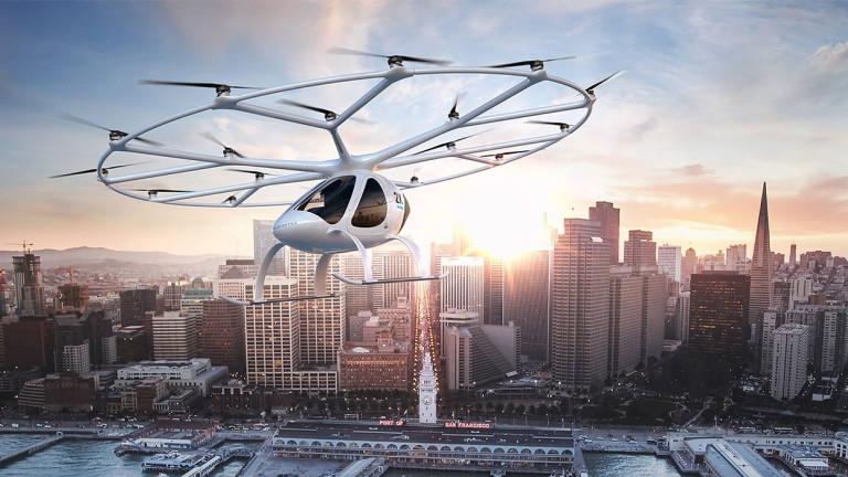 """Компания за въздушни таксита """"произведе"""" първия милиардер в сектора"""