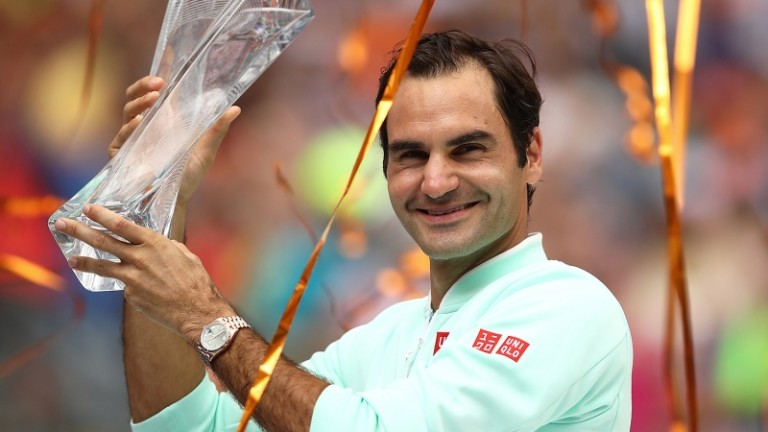 Снощи Роджър Федерер стана първият тенис шампион, триумфирал на