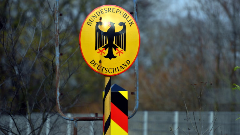 Германия съобщи на ЕК, че ограниченията по границата остават