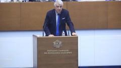 Румен Гечев изтощил министър Ананиев с въпроси