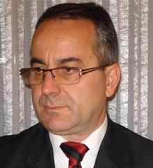 "Лазар Младенов: ""Двойни играчи"" мамят България"