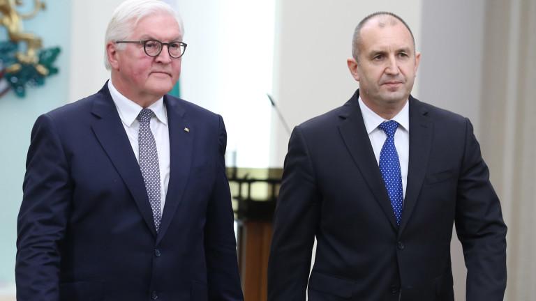 Президентът Румен Радев отлага визитата си в Германия заради коронавируса