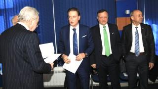 Работодателите искат включване в преговорите за еврозоната