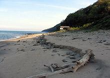 Започват проверки по плажовете за незаконни обекти