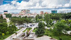 Албанските демократи напускат парламента
