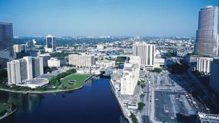 Пилотска грешка при инцидента със самолета с Блеър в Маями