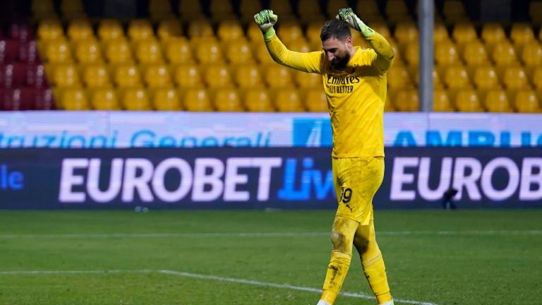 Мино Райола упорито отказва всяко едно предложение на Милан за Донарума