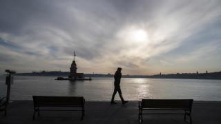 Коронавирус: Турция с най-много заразени извън САЩ и няколко страни в Европа