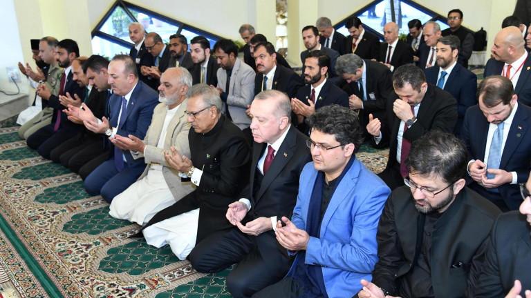 Индия привика посланик на Турция