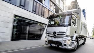 Mercedes-Benz започва производството на електрически камион с 400 километра пробег