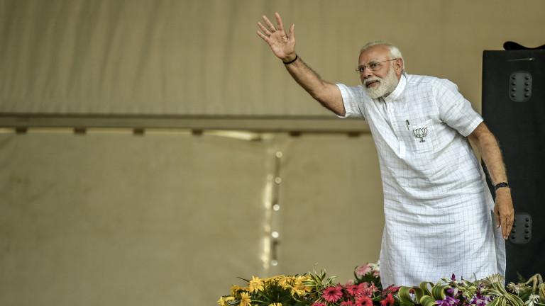 """Експерт: Икономиката на Индия се насочва към """"интензивното отделение"""""""