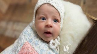 Новородената внучка на Стоичков с първа фотосесия (СНИМКИ)