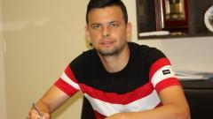 """Трансферите в Ботев не спират: И Пламен Димов подписа с """"канарчетата"""""""