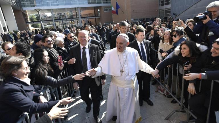 Папата осъди популизма и подкрепи протестите срещу Тръмп