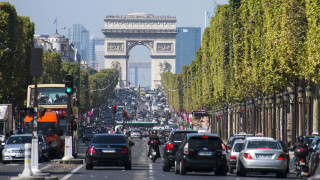 Франция дава €500 милиона, за да усмири гневните си шофьори