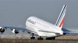 Най-големият пътнически самолет в света за пръв път полетя от Европа
