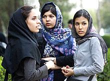 Мюсюлманки искат да се снимат със забрадки за лична карта