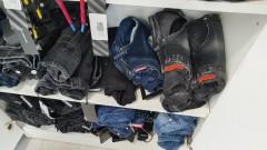 """Варненската полиция конфискува 345 """"маркови"""" дрехи"""